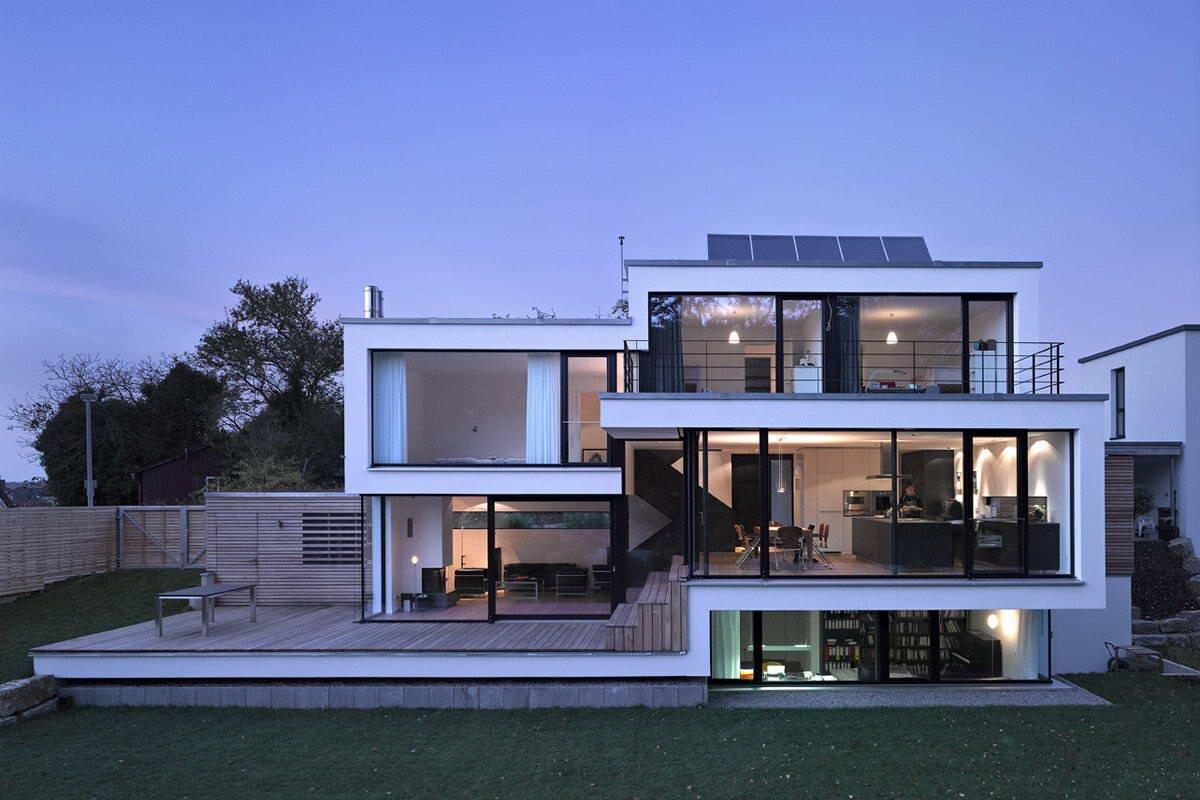Стильный дом в стиле хай-тек
