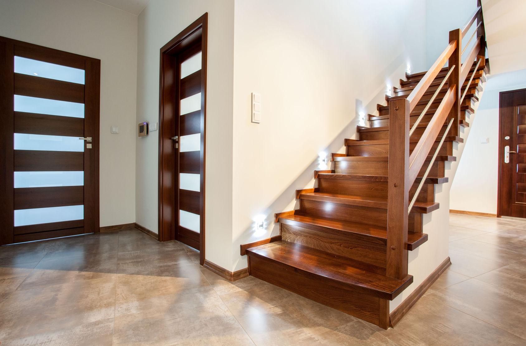 Перила для лестницы из дуба