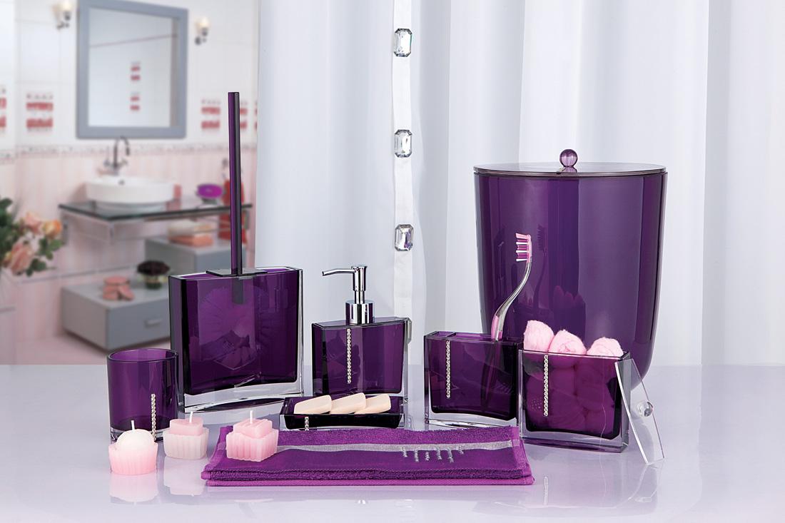 Фиолетовые аксессуары для ванной