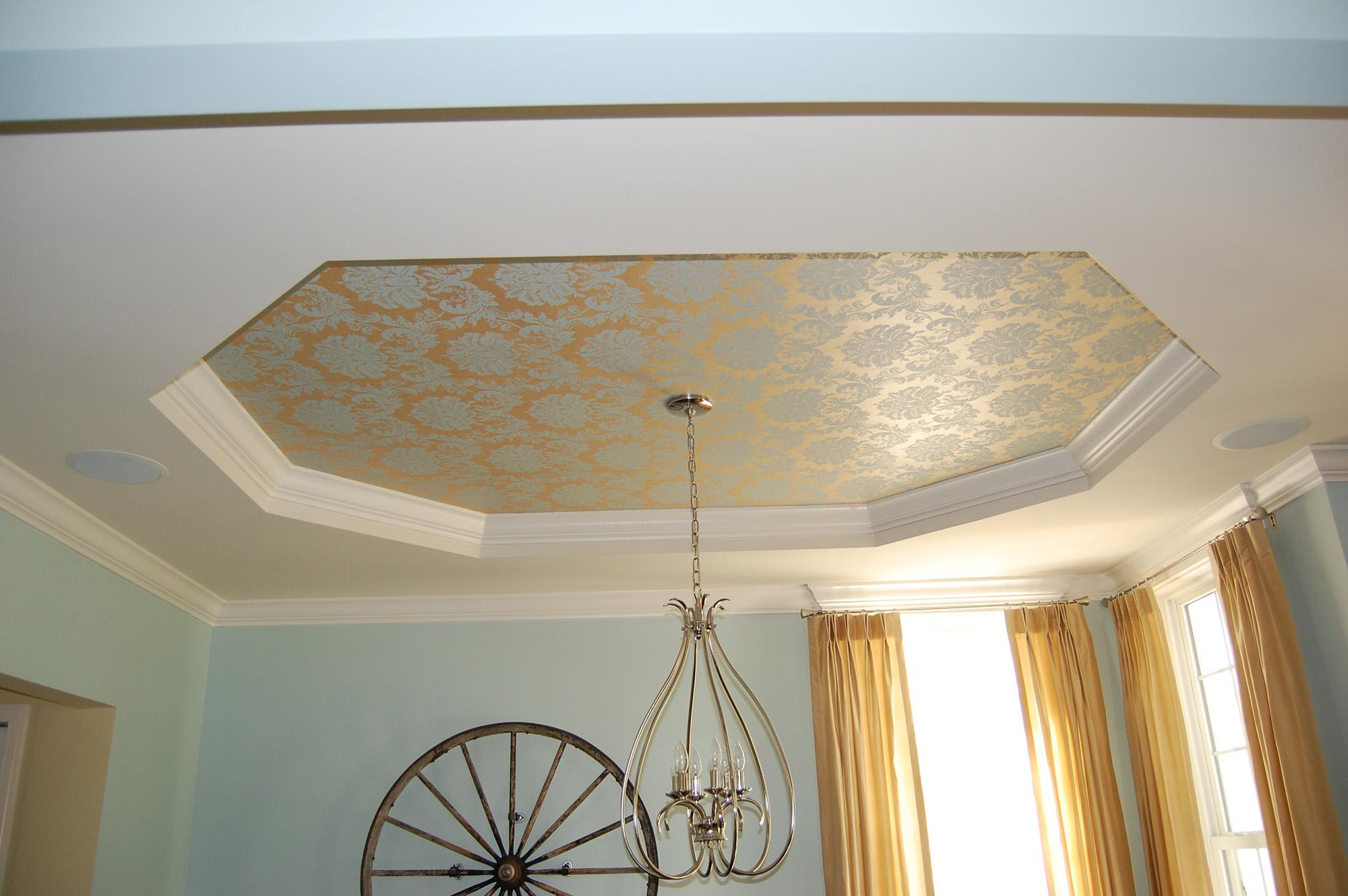 Потолок из гипсокартона и ткани в гостиной
