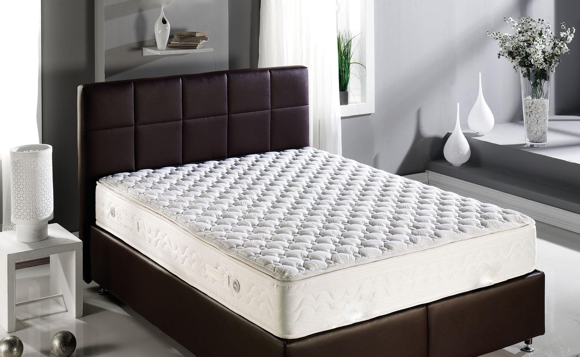 Матрас для большой кровати