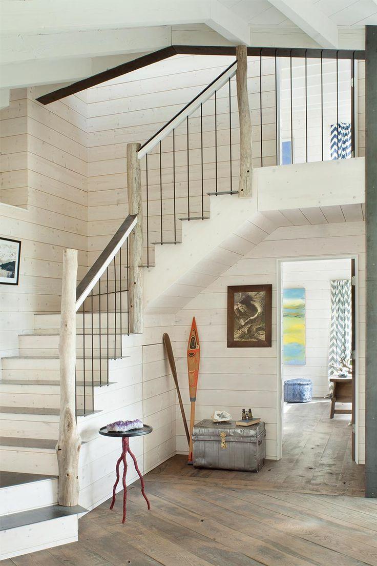 Перила для лестницы в стиле кантри