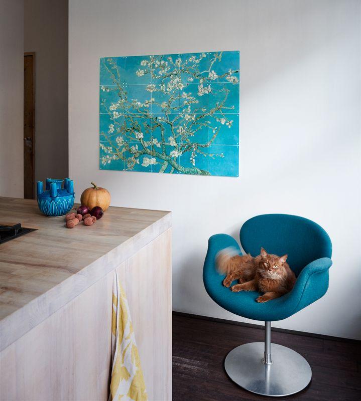 Картина с цветущей сакурой на кухне по фен-шуй