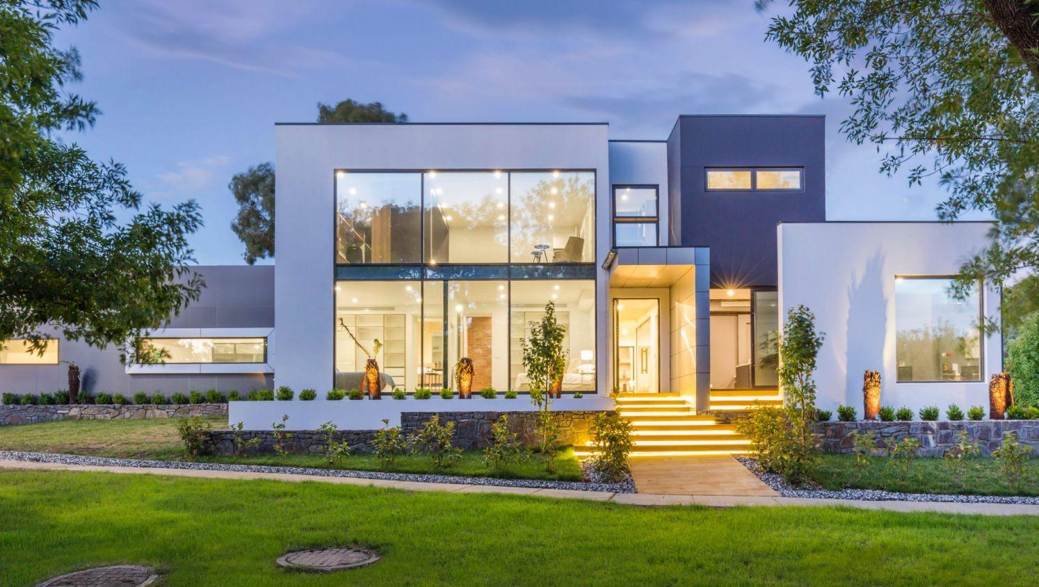 Дом конструктор в стиле хай тек