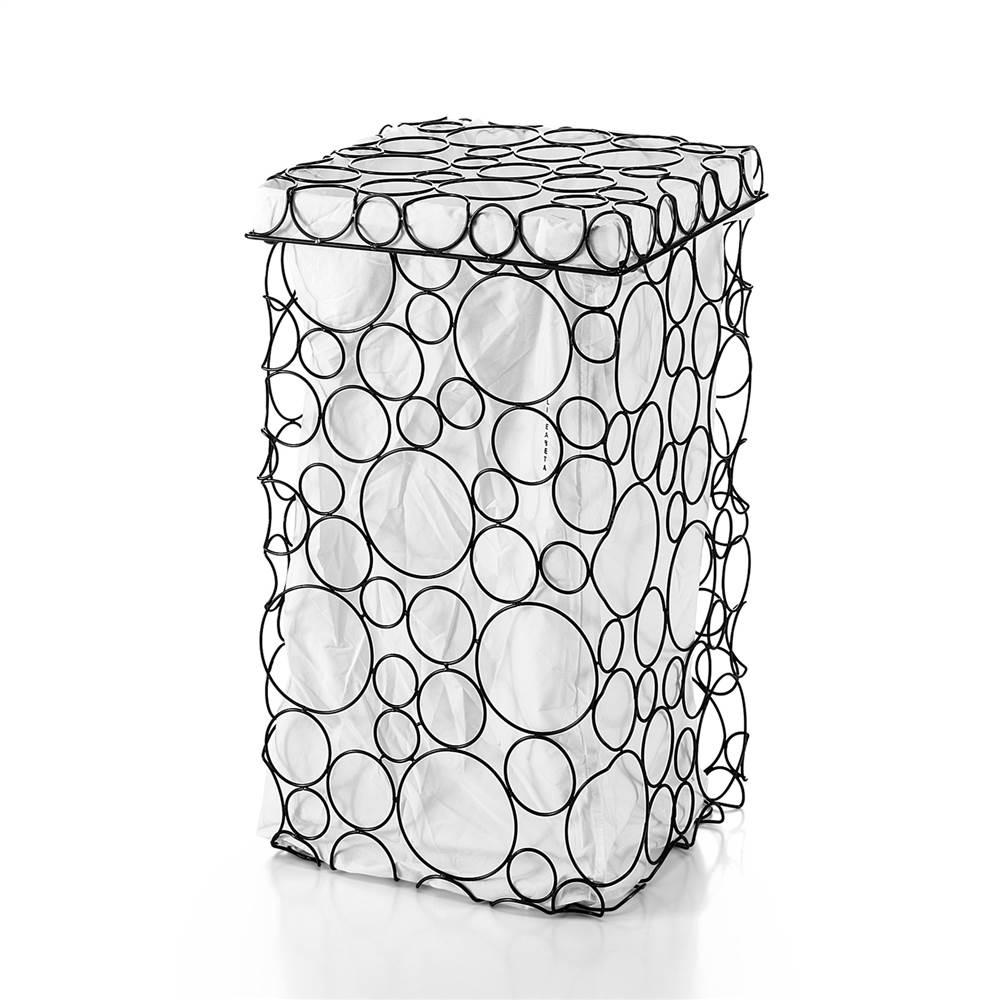 Необычная черно-белая корзина для белья в ванную