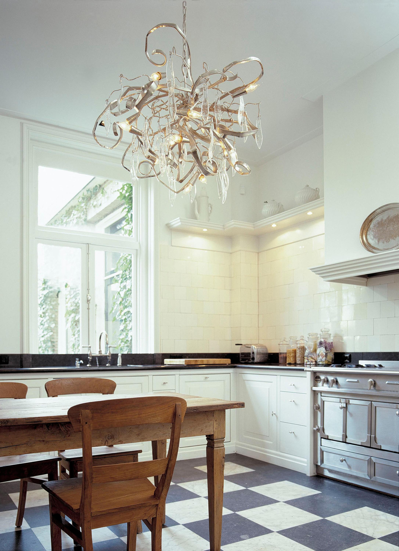 Люстра для натяжного потолка на кухне