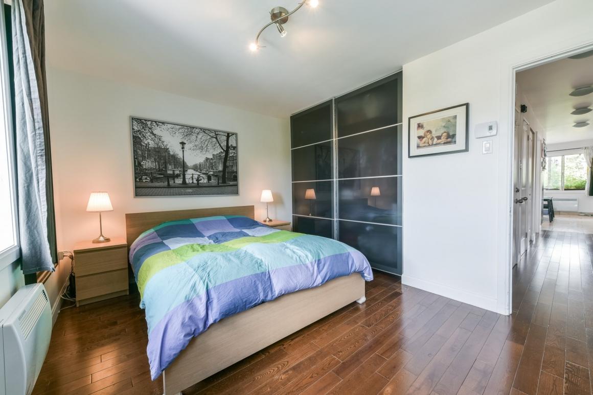 Спальня 14 кв.м. в квартире
