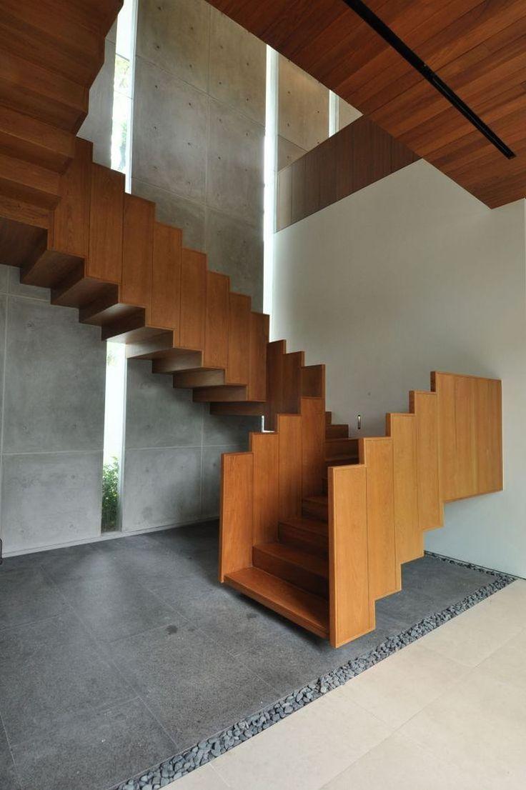 Ламинированные перила для лестницы