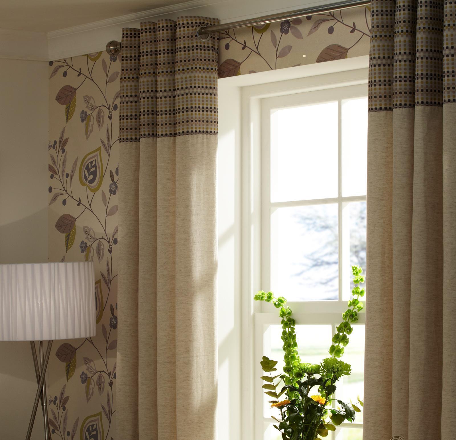 Бежево-коричневые льняные шторы в эко-стиле