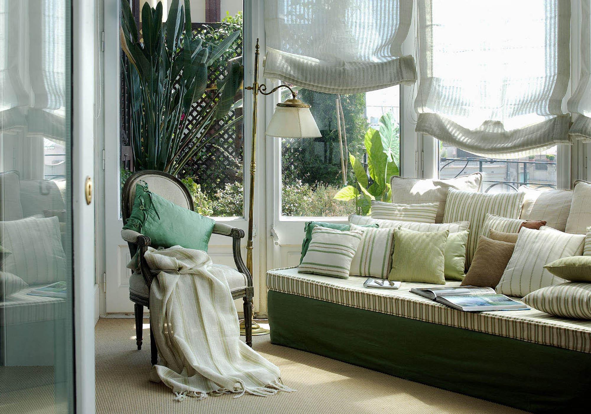 Льняные шторы в эко-стиле