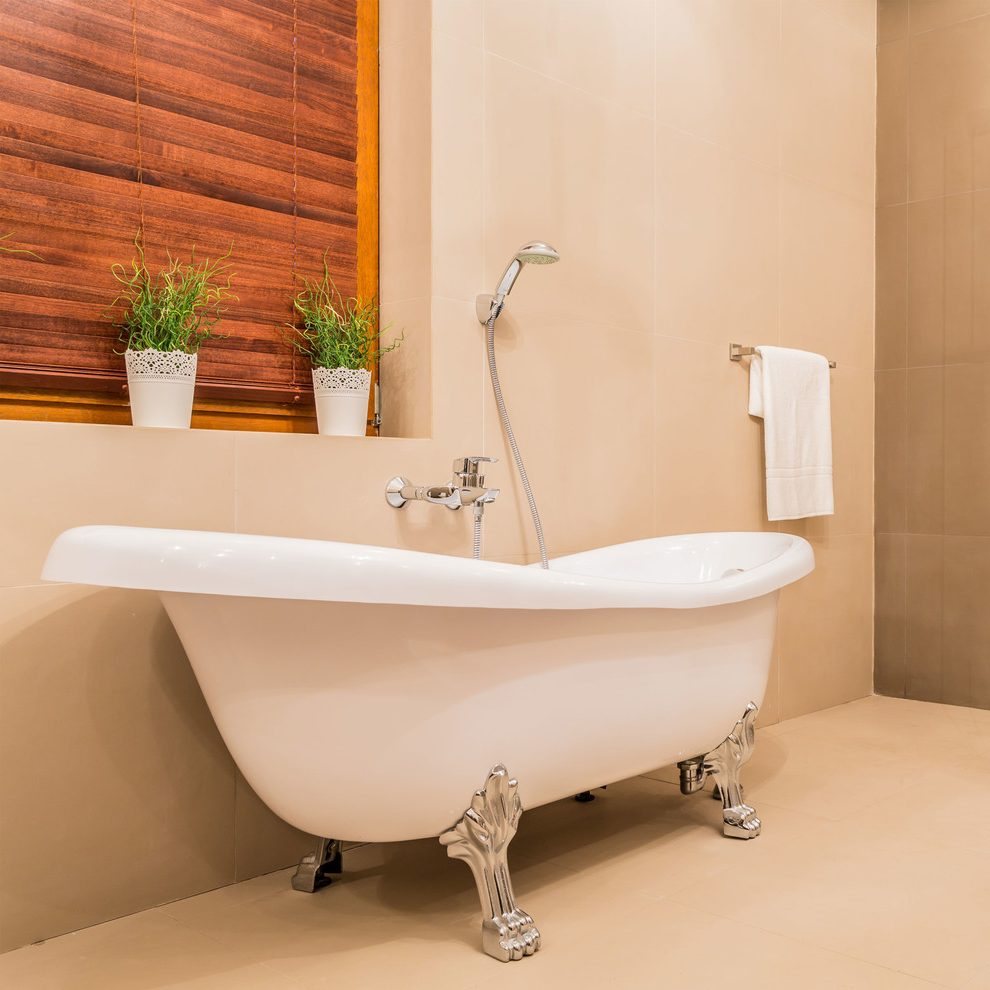 Бежевая ванная комната модерн