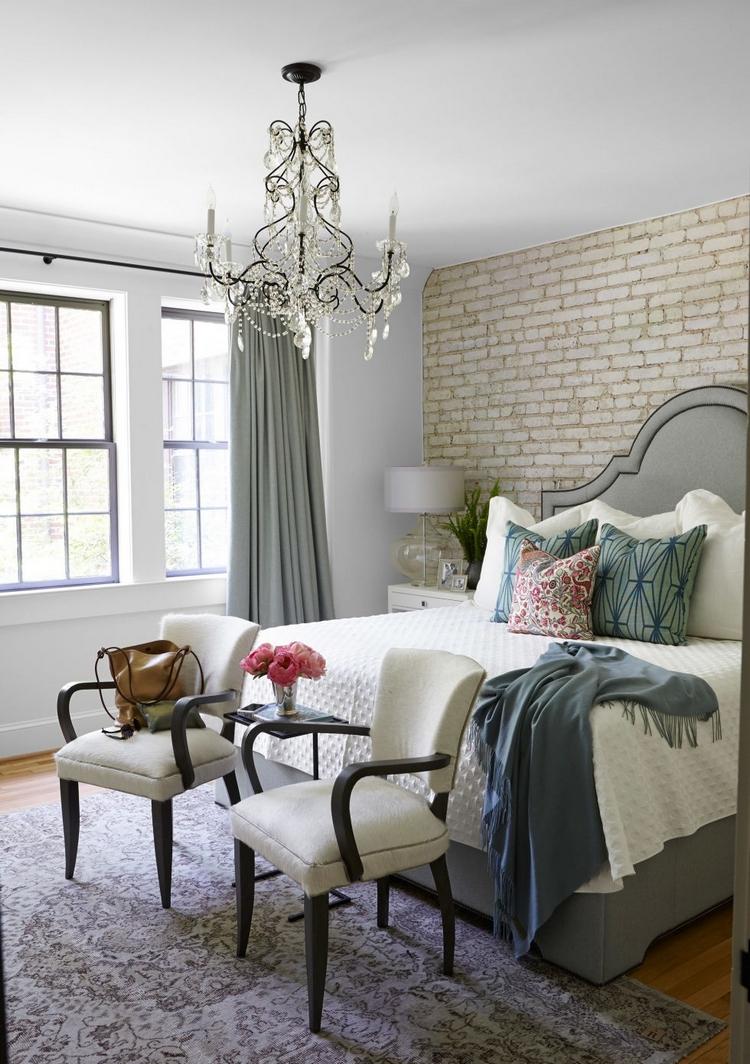 Спальня 14 кв.м. в неоклассическом стиле