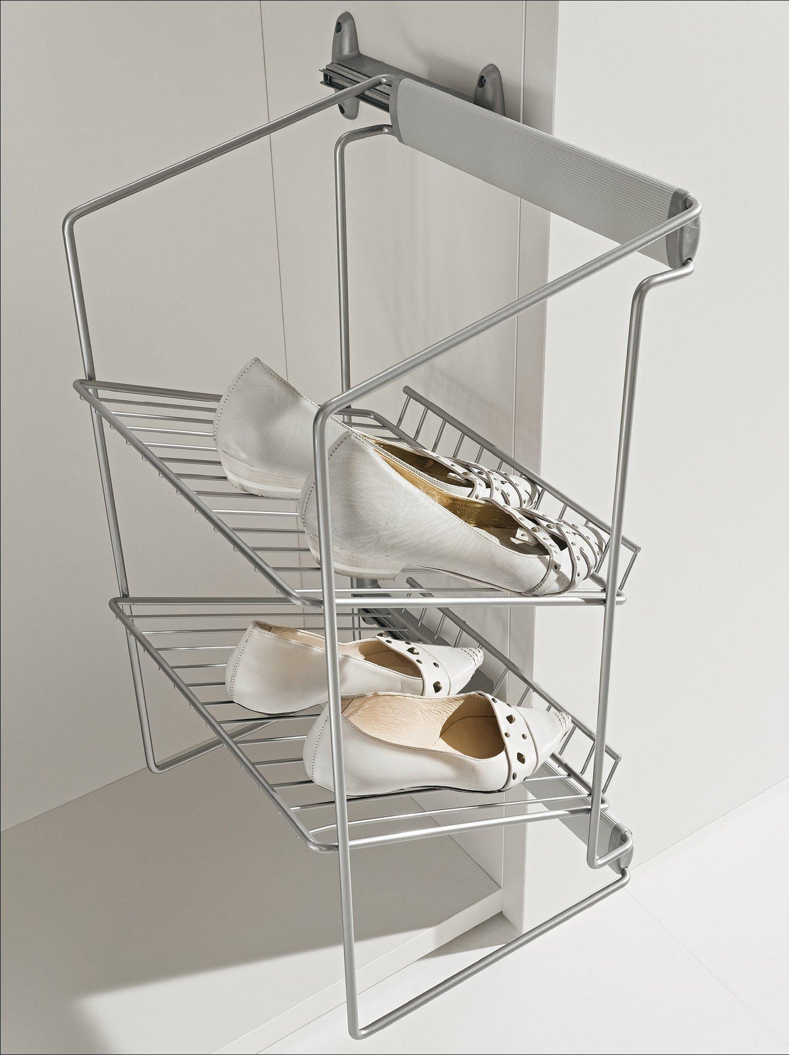 Обувница-сушилка в прихожей