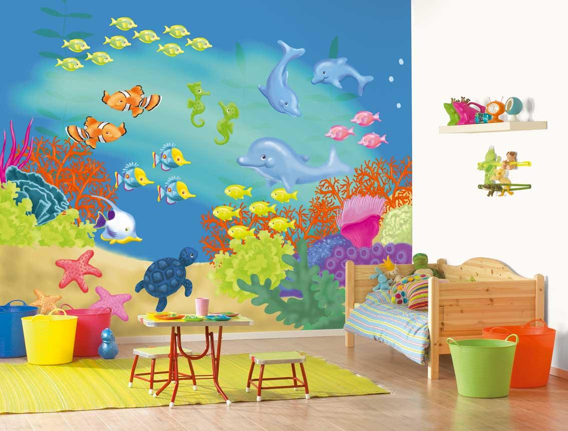 Морские животные на стене в детской