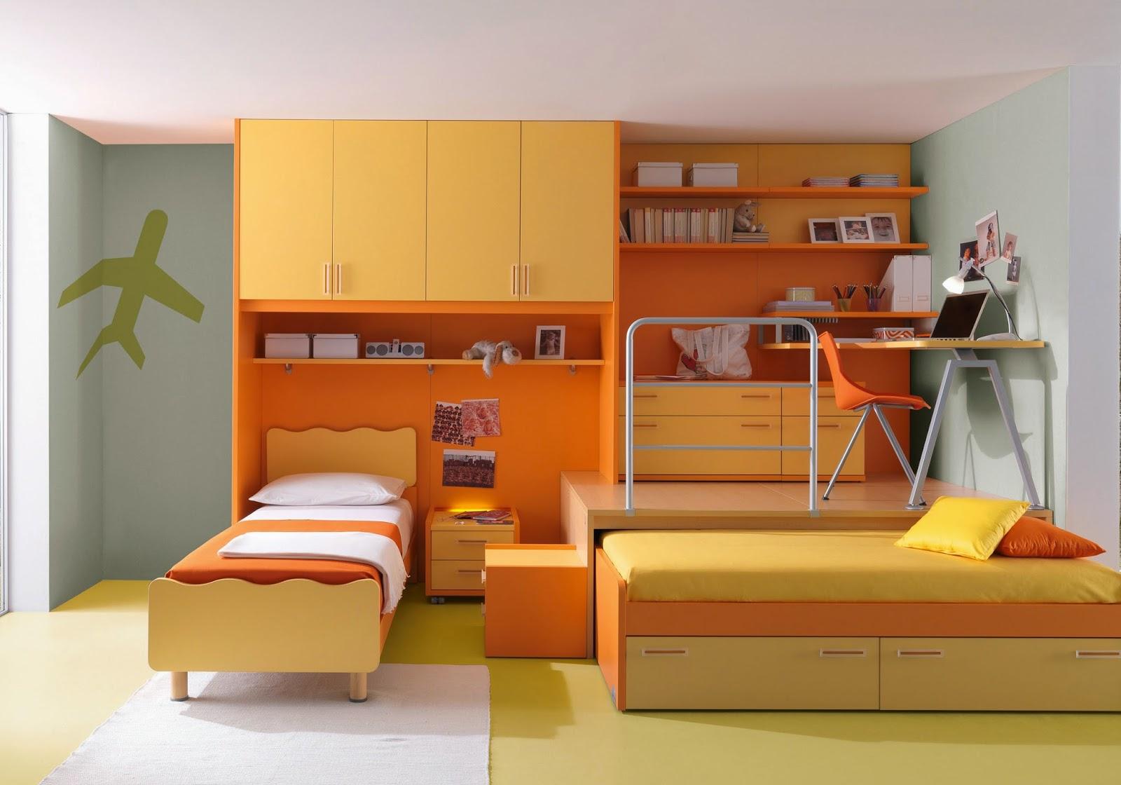 Оранжевая мебель в детской