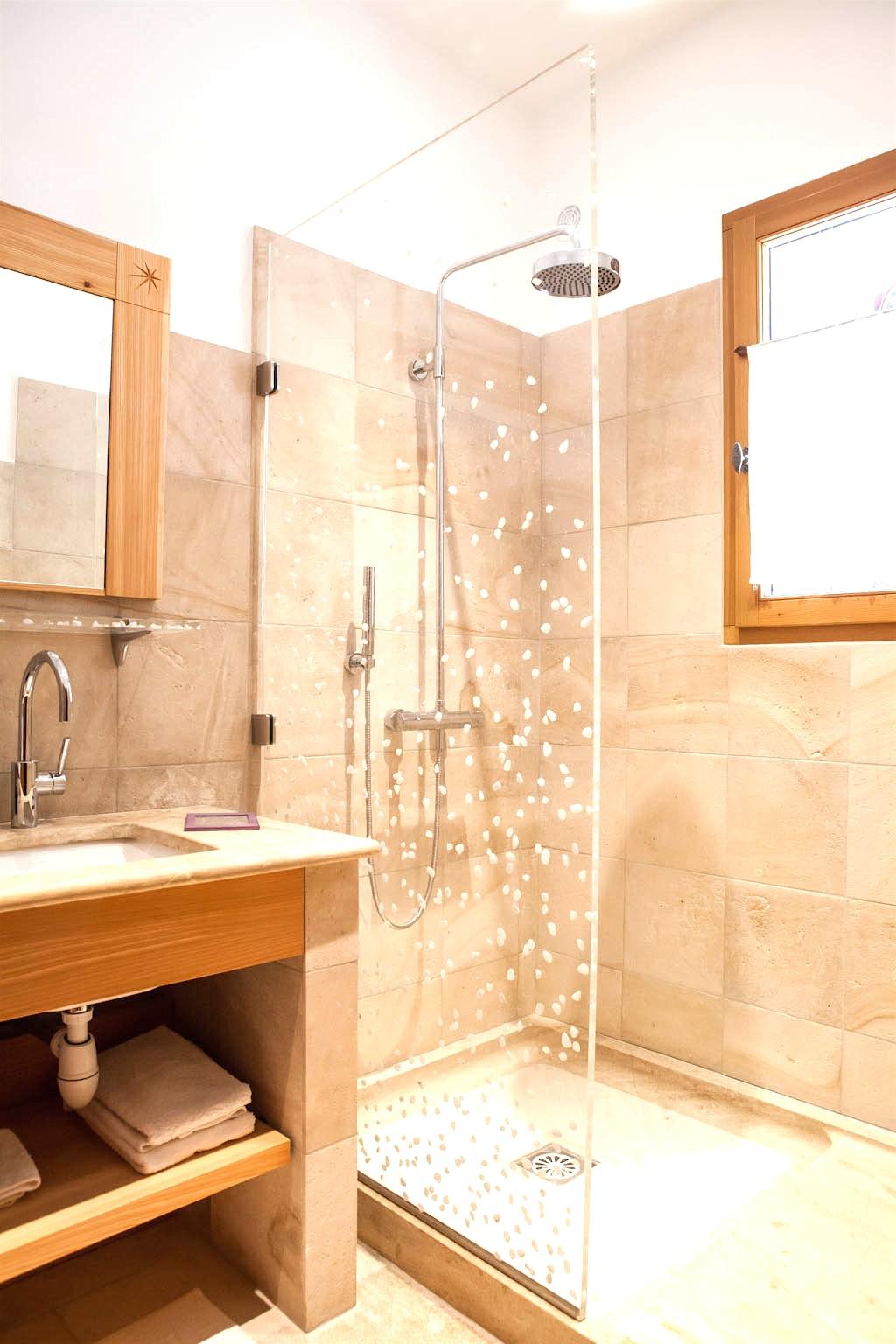 Бежевая ванная комната отделка