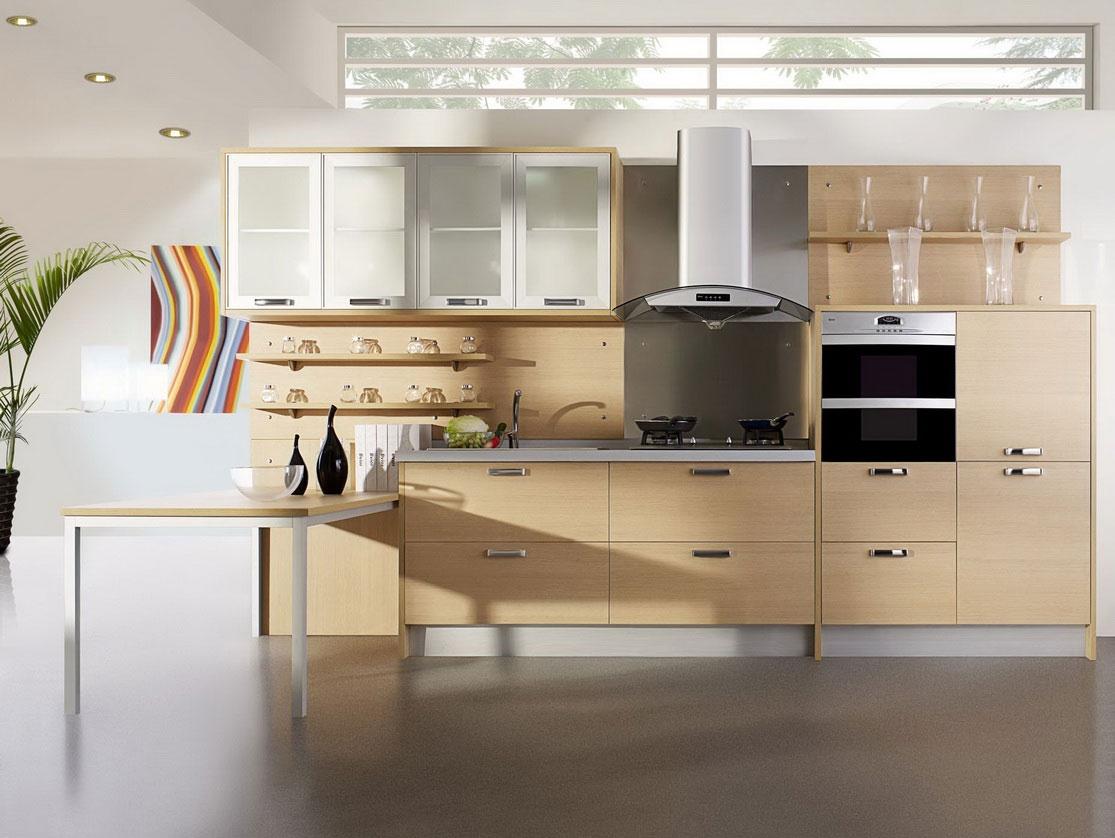 Бежевый гарнитур в интерьере кухни в пастельных тонах