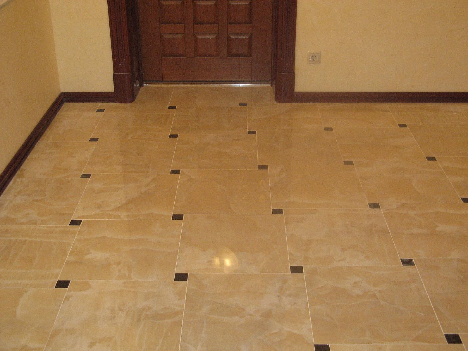 Керамогранитная плитка в коридоре