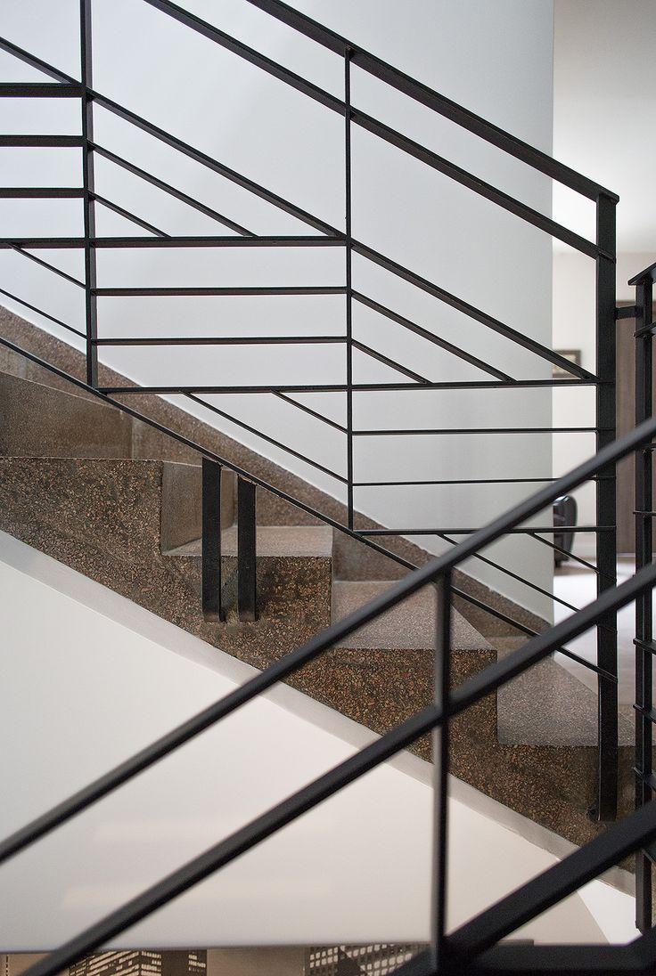 Плоские перила для лестницы