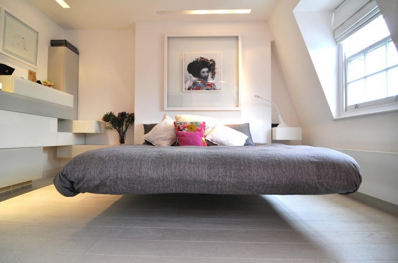 Подвесная серая кровать