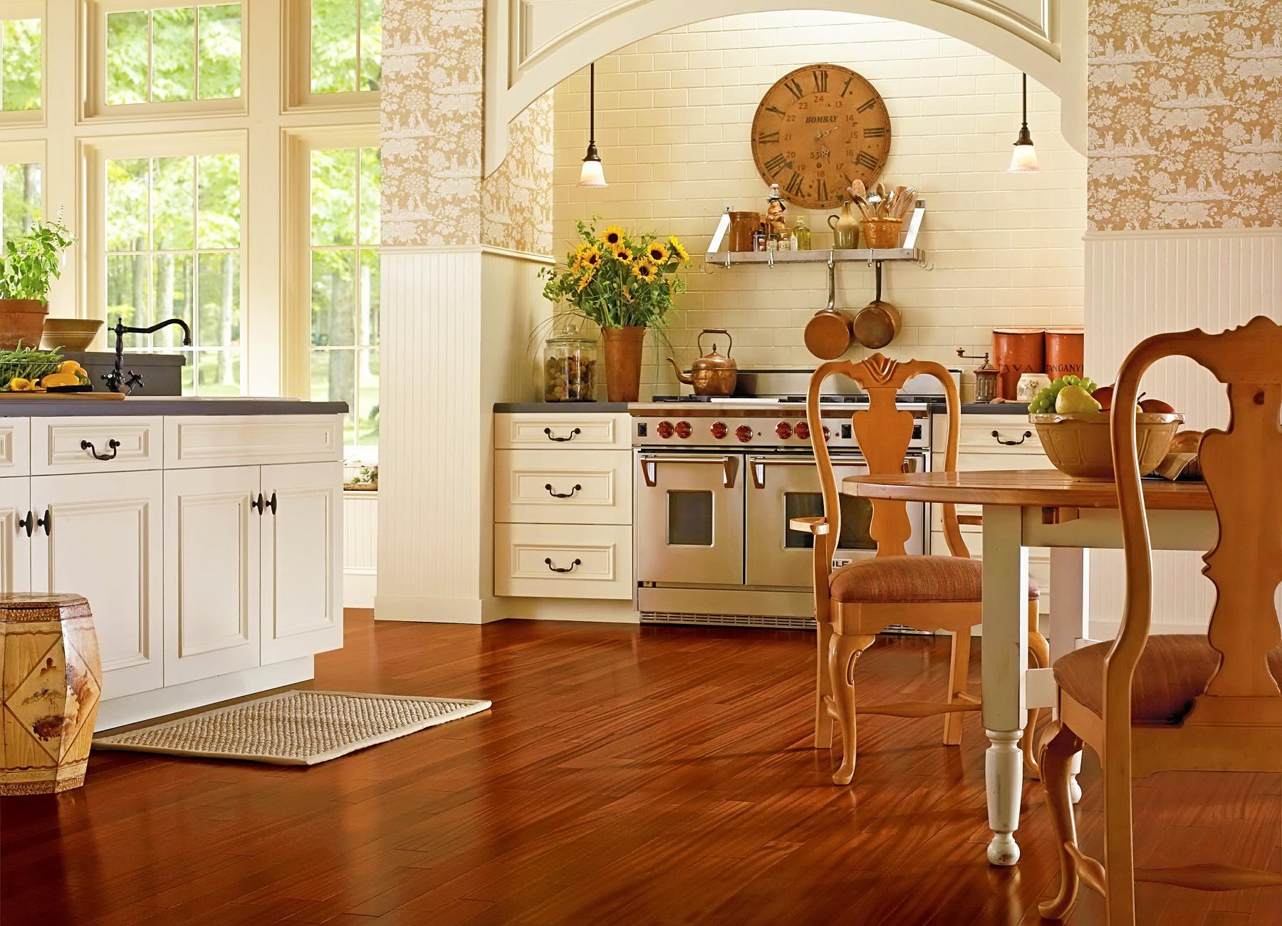 Ламинат на кухне в стиле кантри