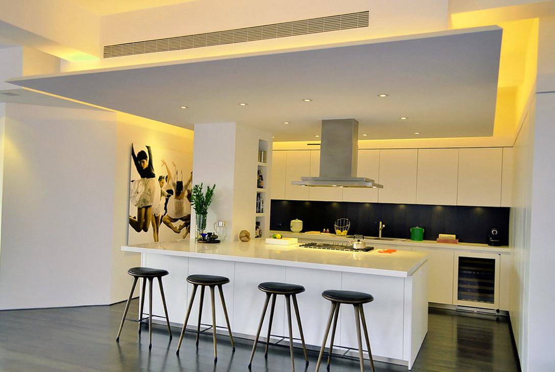Оригинальный потолок из гипсокартона на кухне