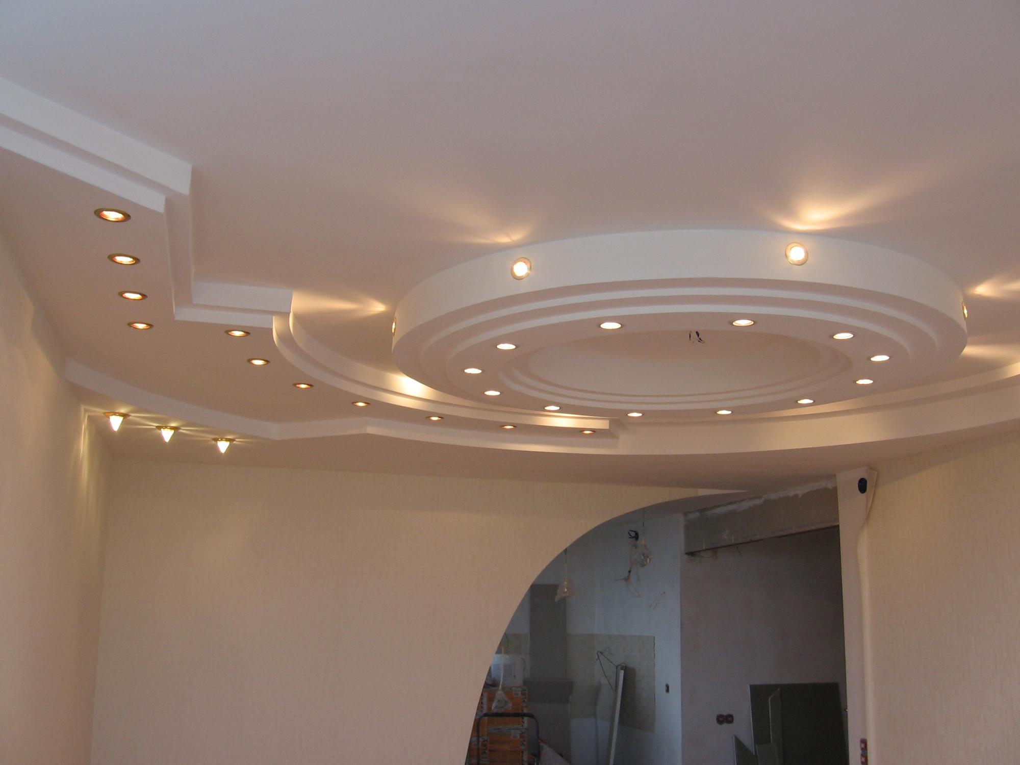 Подвесной потолок из гипсокартона на кухне