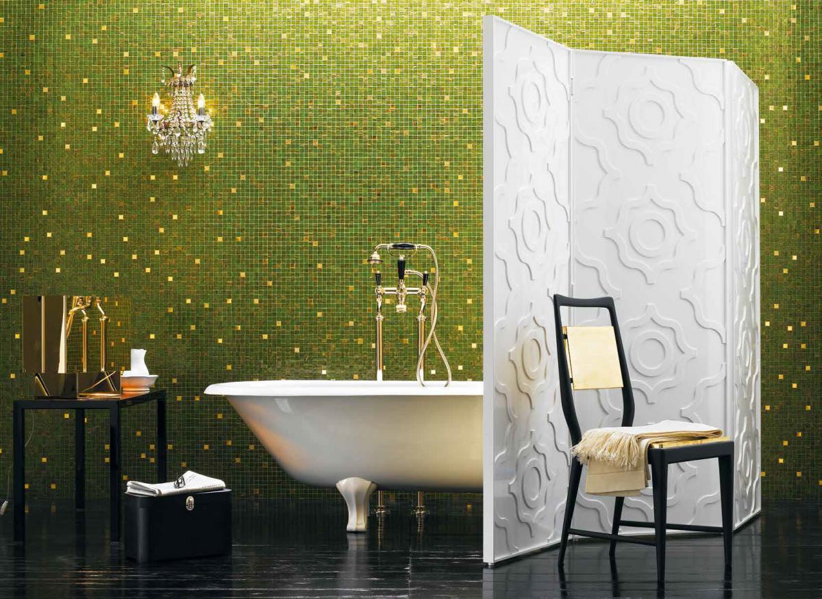 Салатовая ванная с мозаикой в восточном стиле
