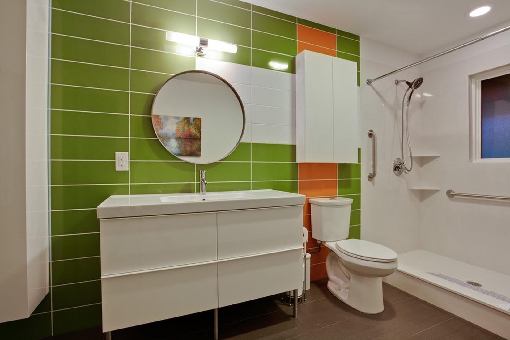 Салатовая плитка в интерьере ванной