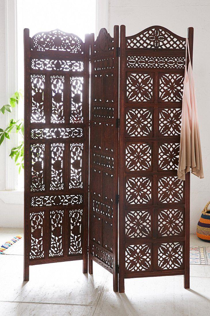 Красивая деревянная ширма