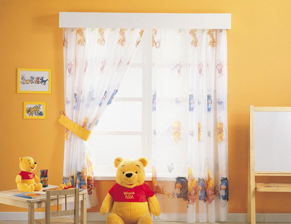 Красивые шторы из органзы в детской