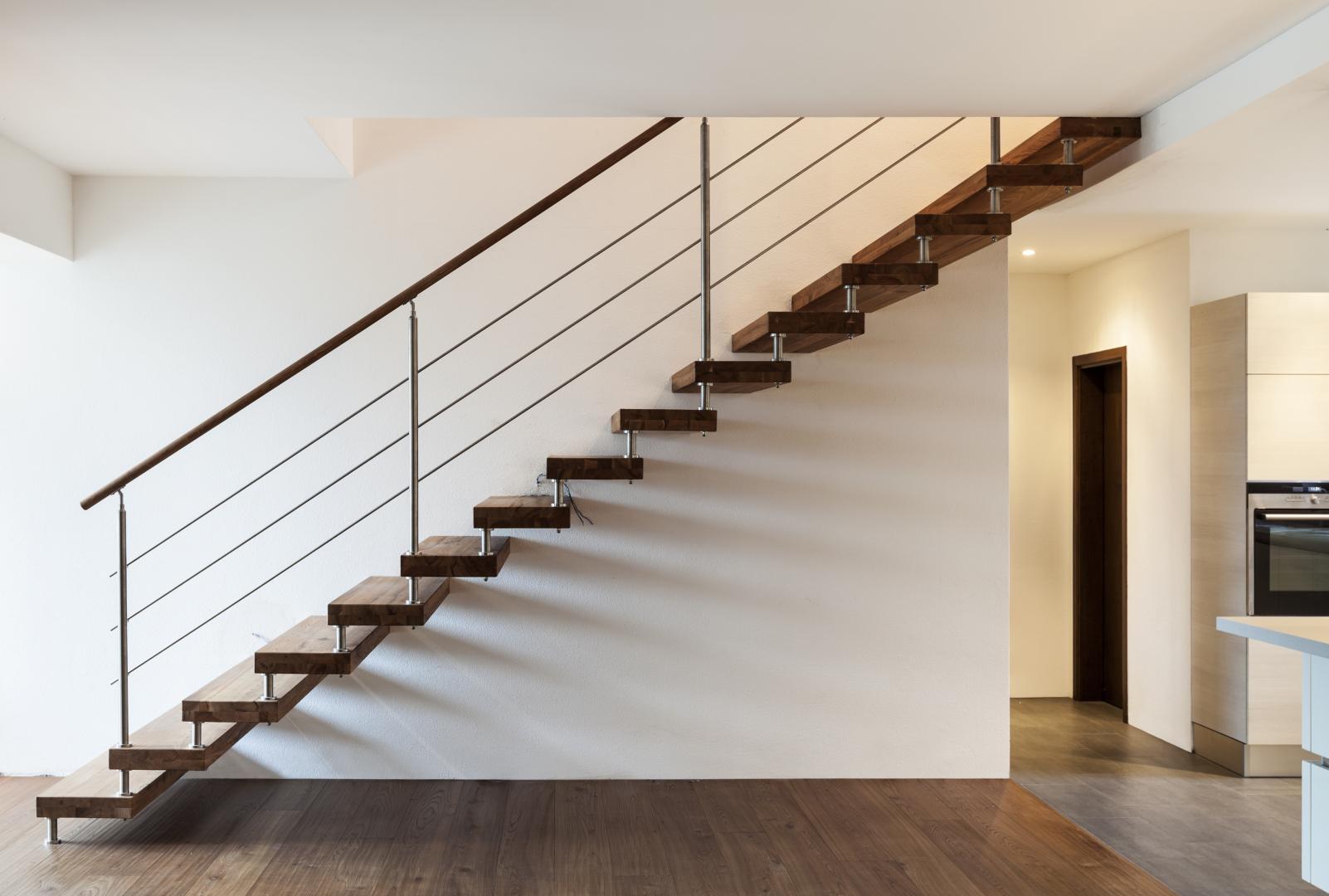 Стальные перила для лестницы