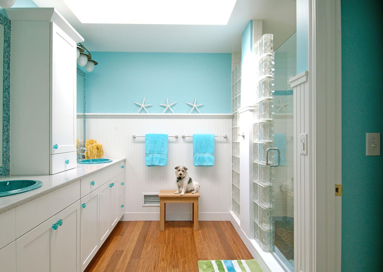 Стеклянные блоки в интерьере ванной