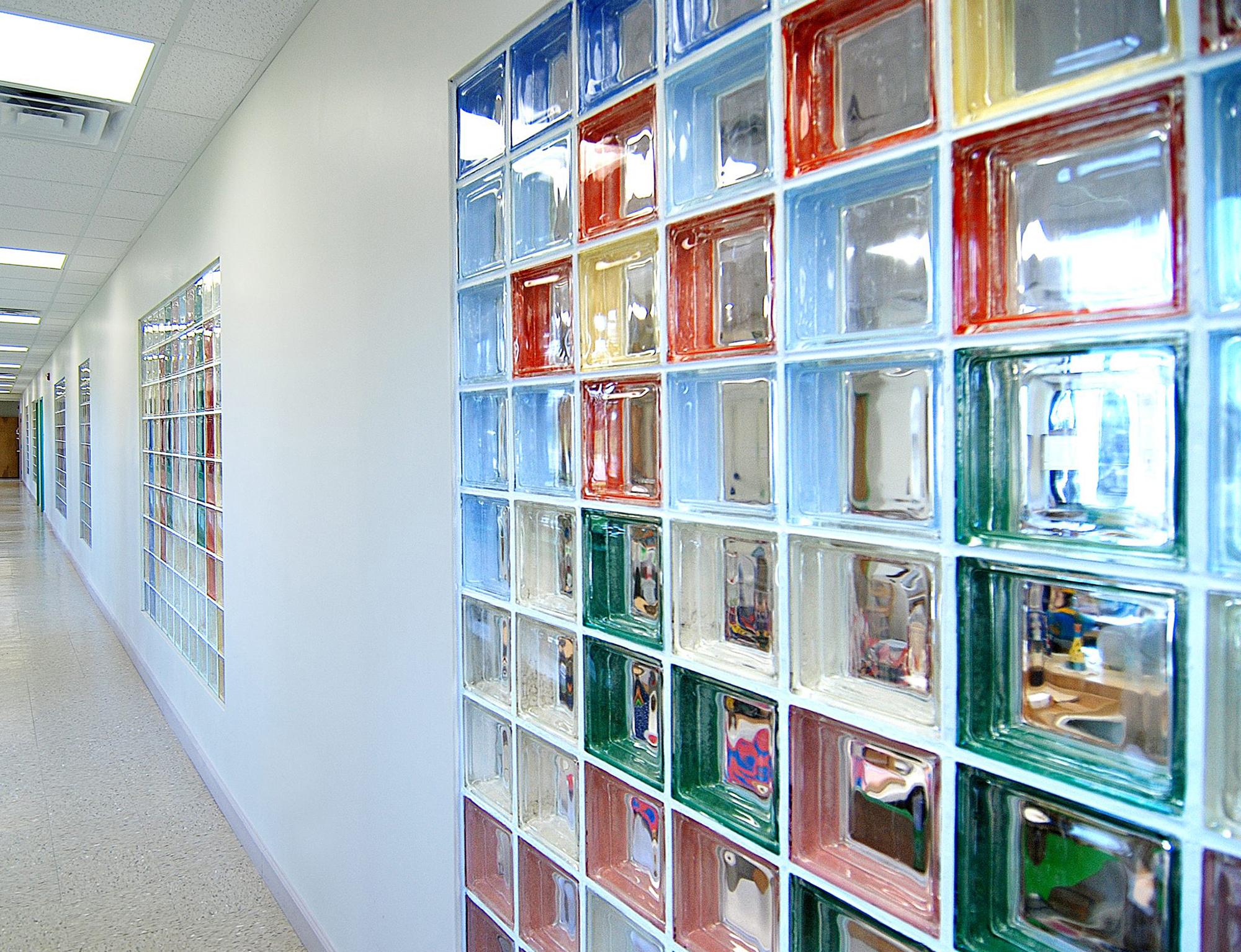 Разноцветные стеклоблоки