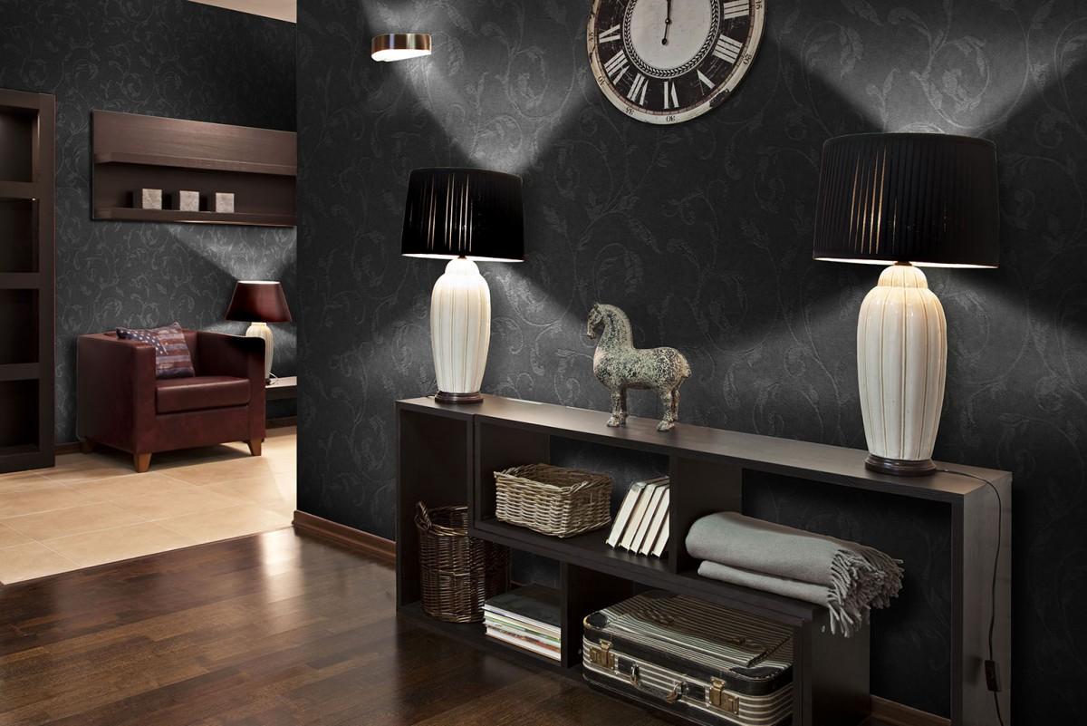 Черные стеклообои в квартире