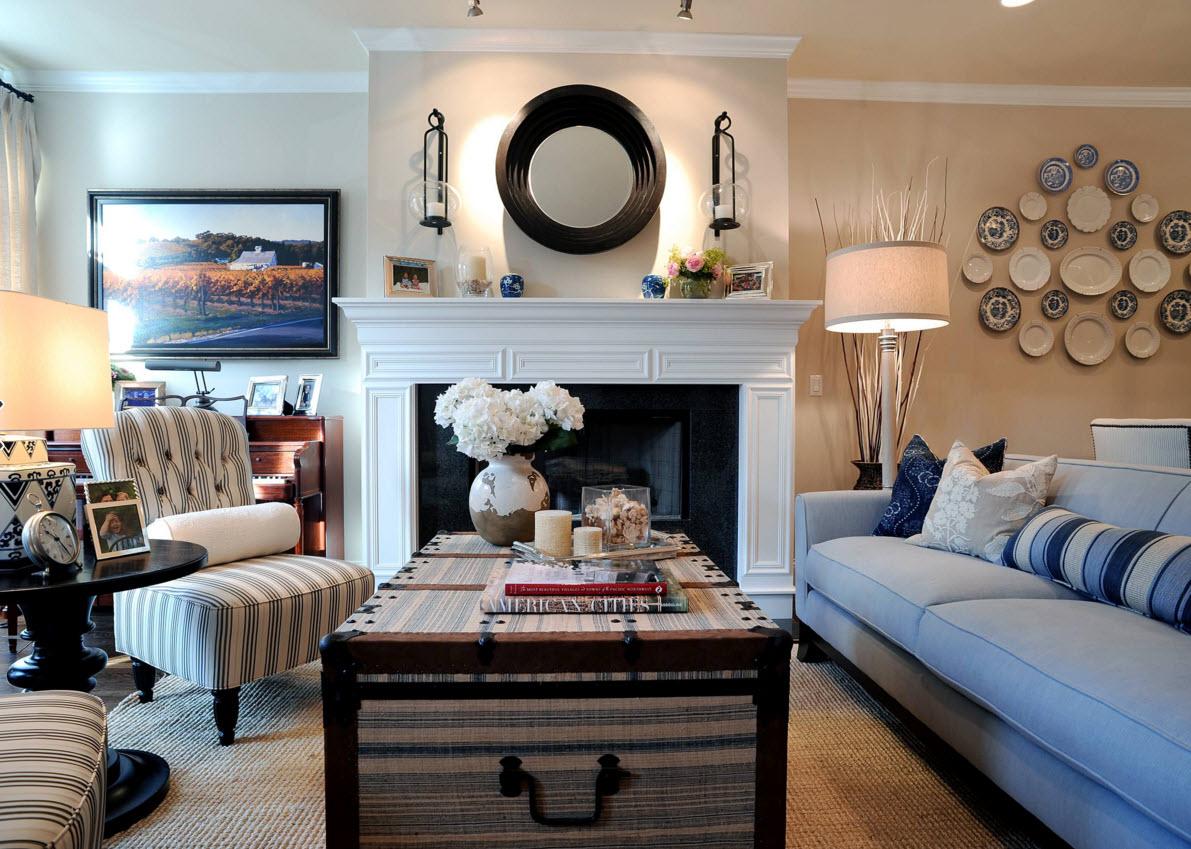 Тарелки на стене в интерьере в стиле модерн