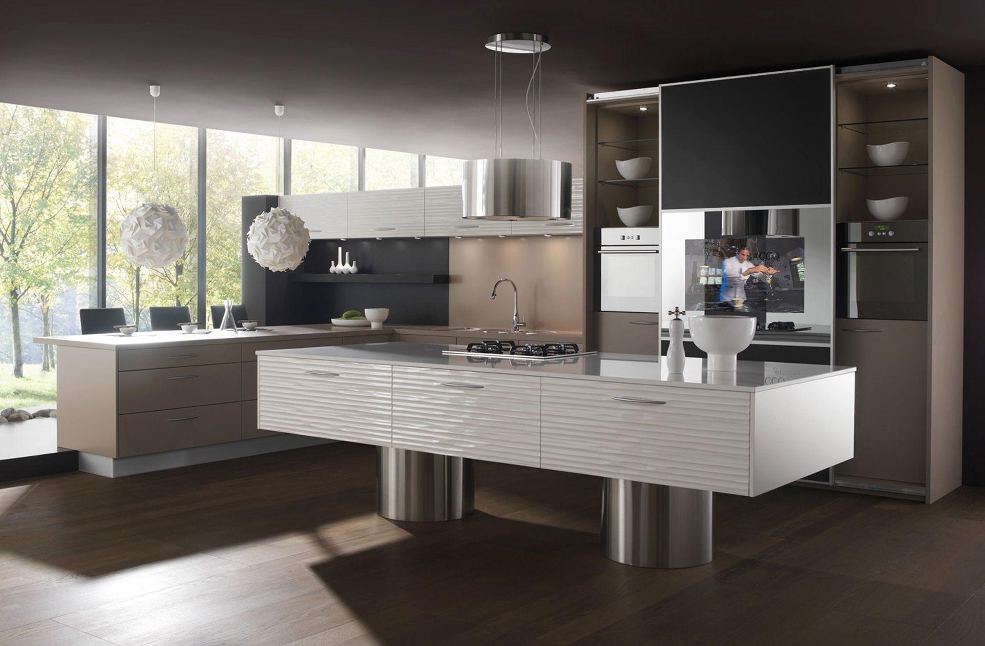 Встраиваемый телевизор в большой современной кухне