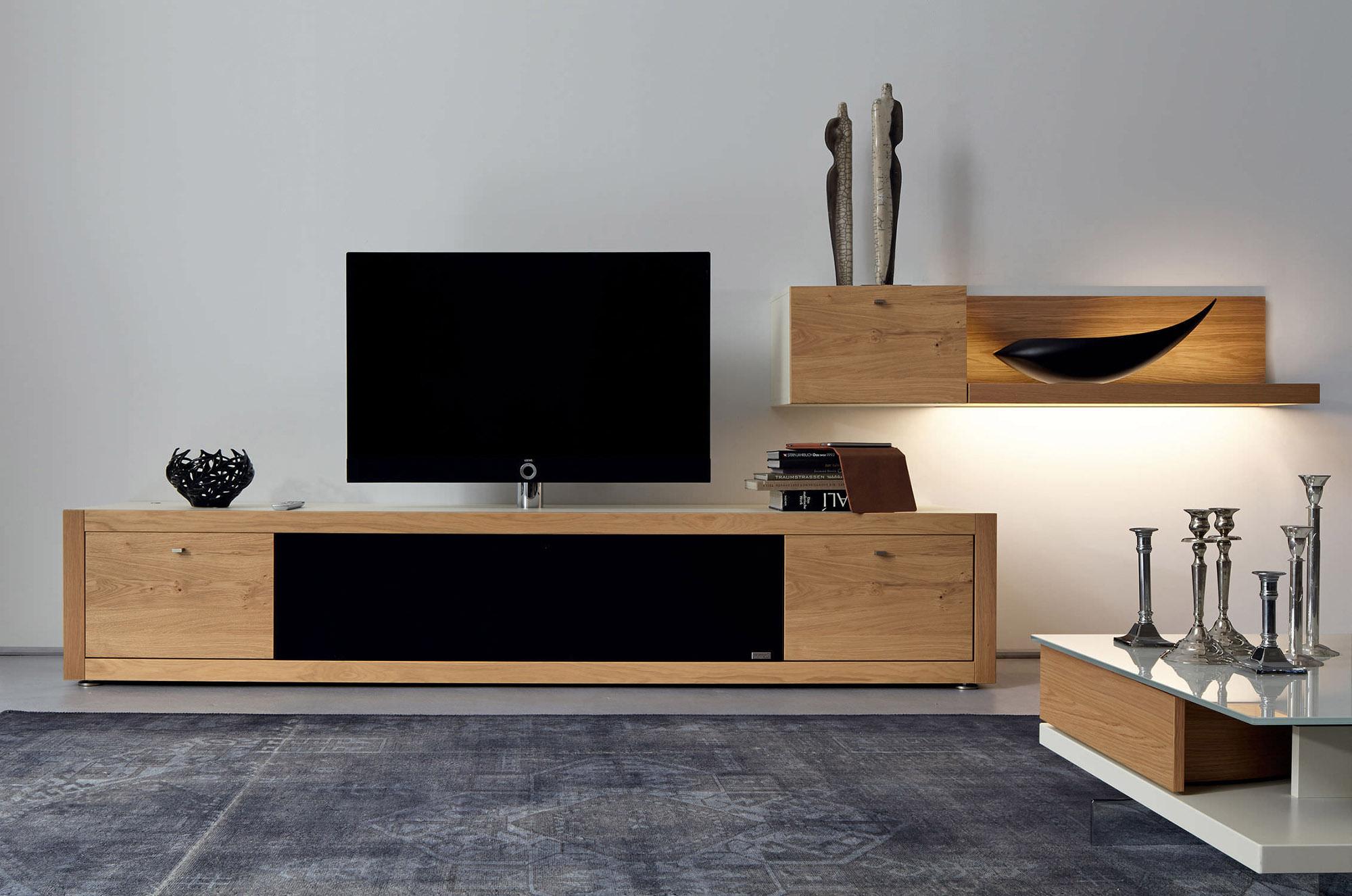 Коричневая тумба под телевизор в стиле модерн