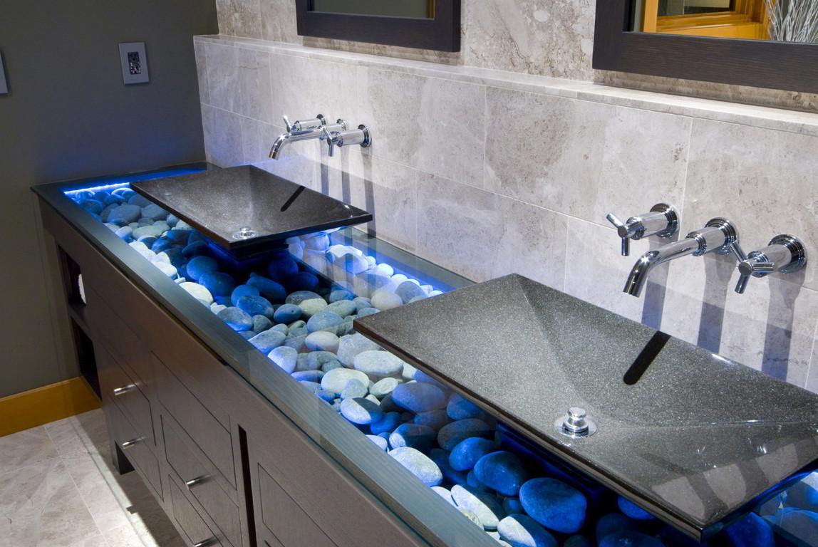Натуральный камень в дизайне ванной