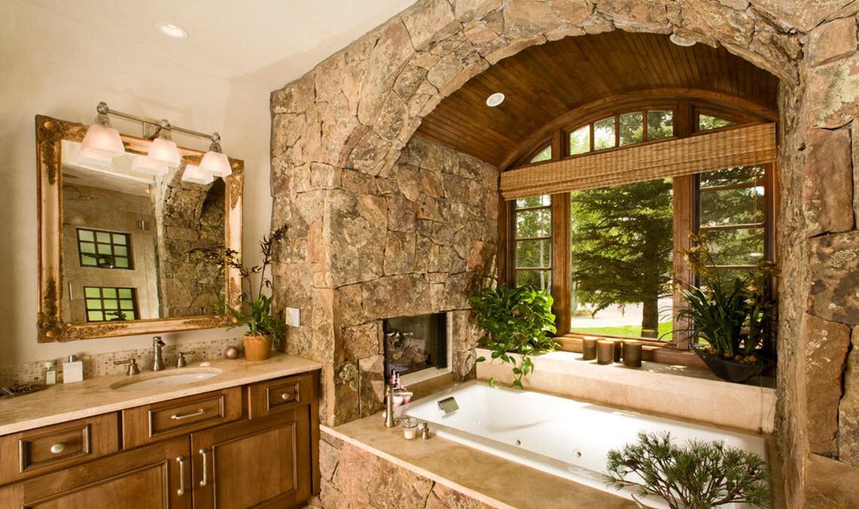 Декоративный камень в отделке ванной комнаты