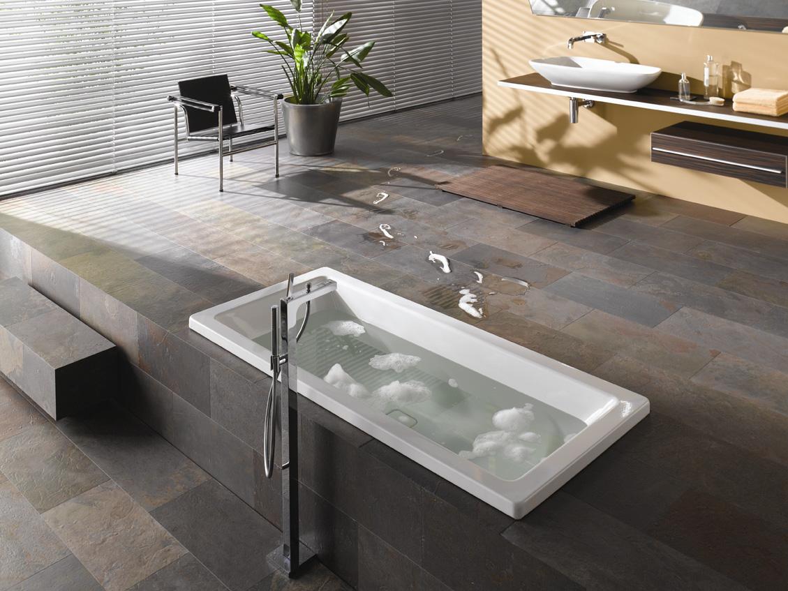 Ламинат под камень в ванной