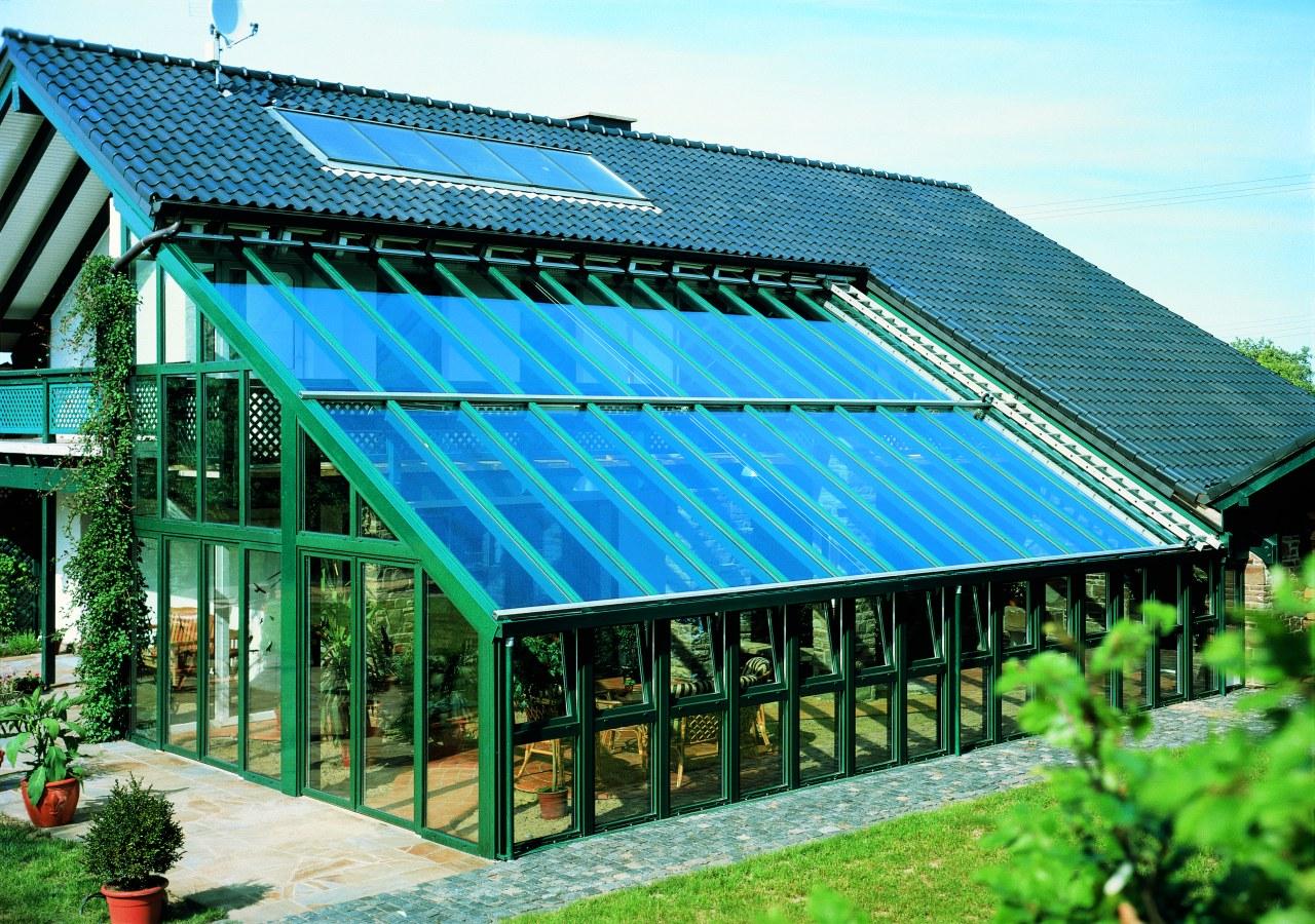 Большой дом с зимним садом