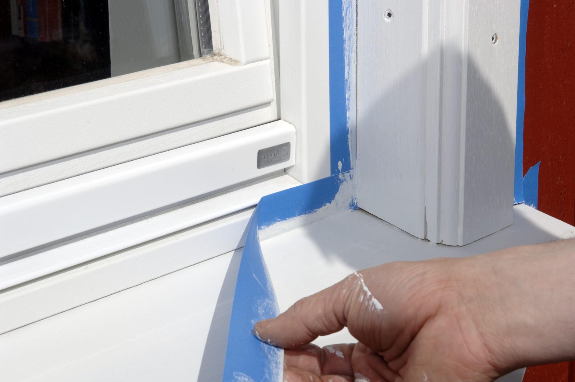 Малярная лента облегчит покраску окон
