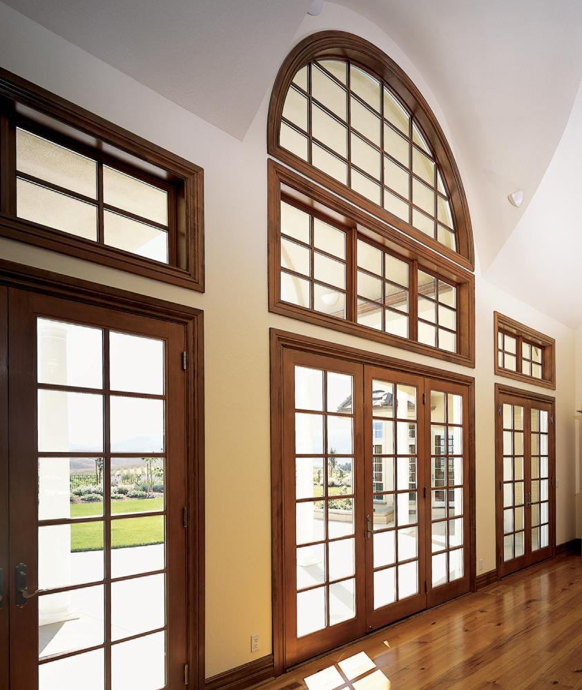 Крашенные деревянные окна