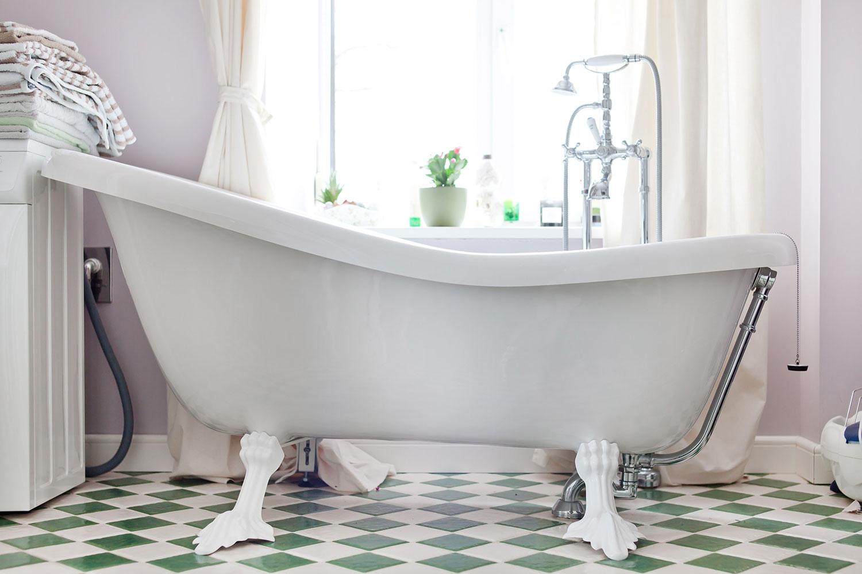 Ванна на ножках в интерьере