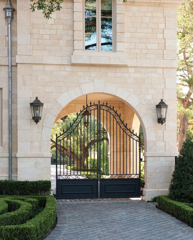 Красивые кованые ворота