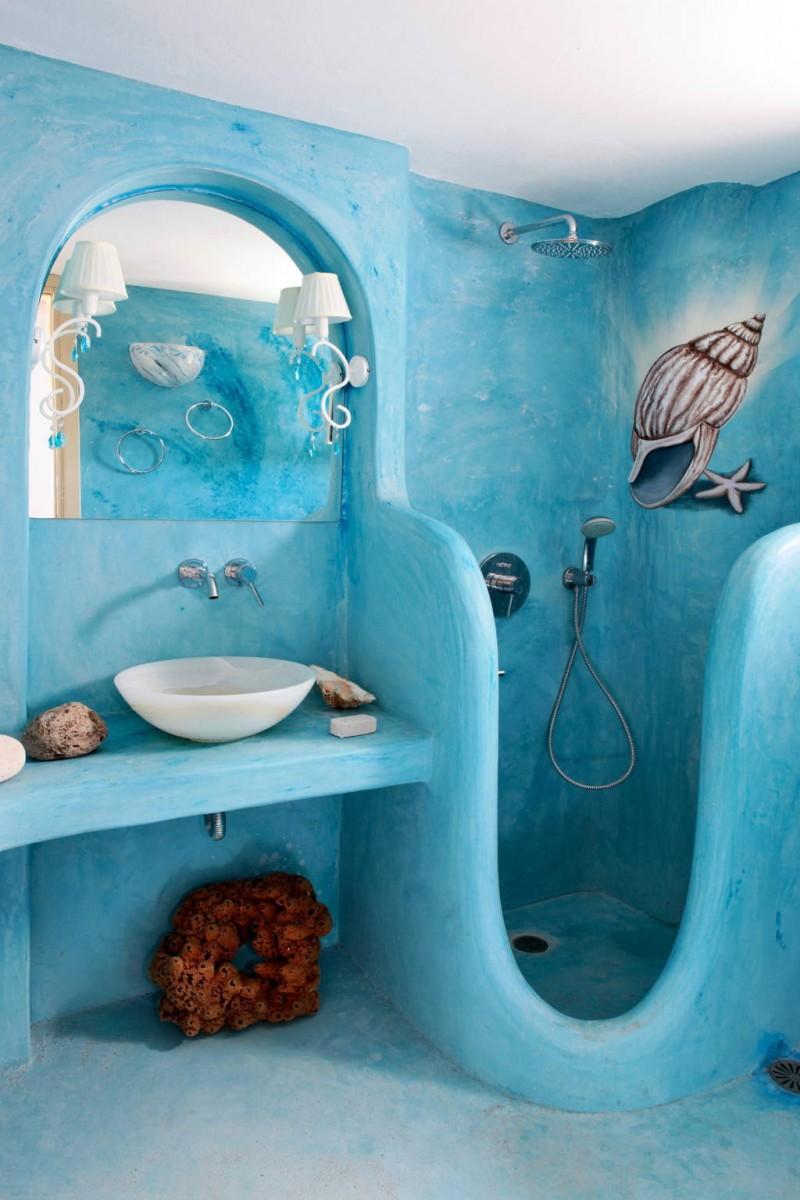 Синяя ванная в морском стиле