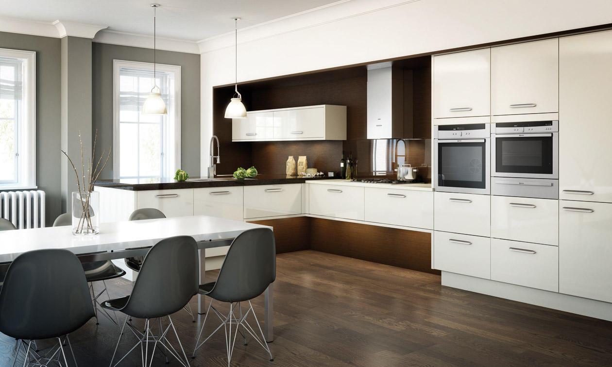 Бело-коричневая кухня-столовая