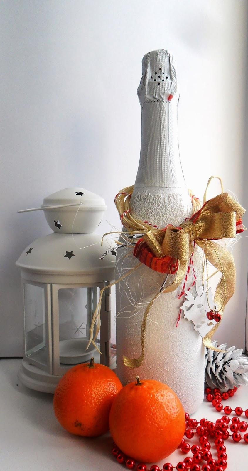 Новогодний декор бутылки шампанского бисером
