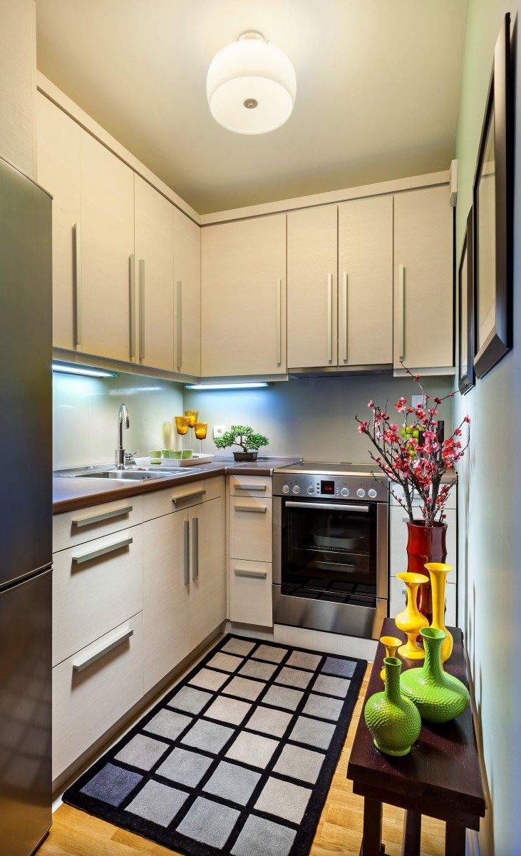 Угловая планировка узкой кухни
